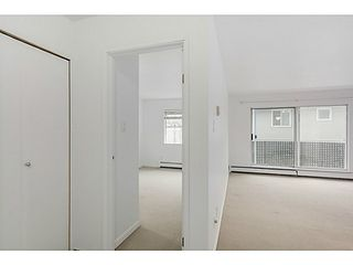 "Photo 3: 204 570 E 8TH Avenue in Vancouver: Mount Pleasant VE Condo for sale in ""THE CAROLINAS"" (Vancouver East)  : MLS®# V1105079"