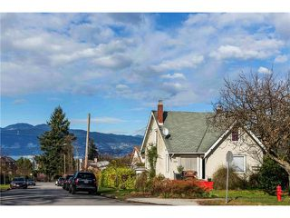 "Photo 12: 3697 W 15TH Avenue in Vancouver: Point Grey House for sale in ""Point Grey"" (Vancouver West)  : MLS®# V1107915"