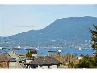 "Photo 3: 3697 W 15TH Avenue in Vancouver: Point Grey House for sale in ""Point Grey"" (Vancouver West)  : MLS®# V1107915"