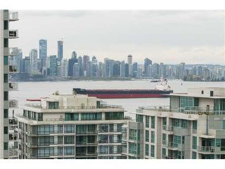 Photo 2: 1007 145 ST. GEORGES Avenue in North Vancouver: Lower Lonsdale Condo for sale : MLS®# V1117456