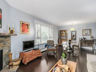 """Photo 9: 105 1750 MAPLE Street in Vancouver: Kitsilano Condo for sale in """"MAPLEWOOD PLACE"""" (Vancouver West)  : MLS®# V1135503"""