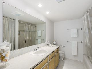 """Photo 22: 105 1750 MAPLE Street in Vancouver: Kitsilano Condo for sale in """"MAPLEWOOD PLACE"""" (Vancouver West)  : MLS®# V1135503"""