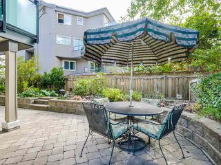 """Photo 2: 105 1750 MAPLE Street in Vancouver: Kitsilano Condo for sale in """"MAPLEWOOD PLACE"""" (Vancouver West)  : MLS®# V1135503"""