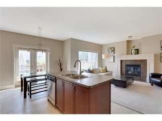 Photo 13: 257 COUGARTOWN Circle SW in Calgary: Cougar Ridge House for sale : MLS®# C4025299