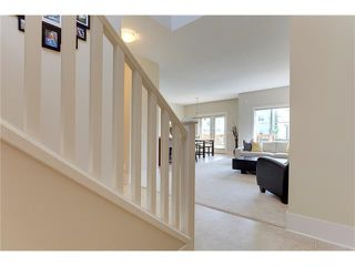 Photo 2: 257 COUGARTOWN Circle SW in Calgary: Cougar Ridge House for sale : MLS®# C4025299