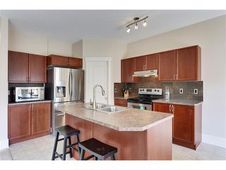 Photo 9: 257 COUGARTOWN Circle SW in Calgary: Cougar Ridge House for sale : MLS®# C4025299