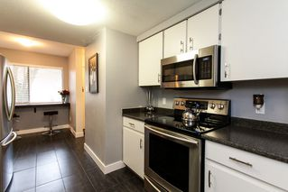 "Photo 4: 31 20653 THORNE Avenue in Maple Ridge: Southwest Maple Ridge Townhouse for sale in ""THORNEBERRY GARDENS"" : MLS®# R2032764"