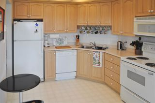"Photo 4: 602 32440 SIMON Avenue in Abbotsford: Abbotsford West Condo for sale in ""TRETHEWEY TOWER"" : MLS®# R2037734"
