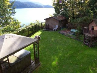 Photo 4: 5241 INDIAN RIVER Drive in North Vancouver: Woodlands-Sunshine-Cascade House for sale : MLS®# R2037816