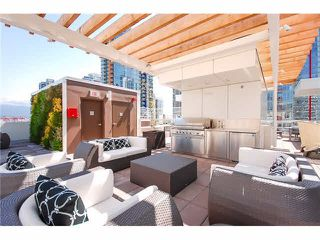 "Photo 15: 1908 161 W GEORGIA Street in Vancouver: Downtown VW Condo for sale in ""COSMO"" (Vancouver West)  : MLS®# R2048438"