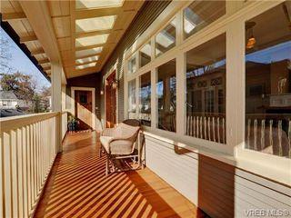 Photo 2: 1226 Roslyn Road in VICTORIA: OB South Oak Bay Single Family Detached for sale (Oak Bay)  : MLS®# 362322