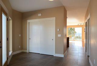 Photo 9: 5775 TURNSTONE Drive in Sechelt: Sechelt District House for sale (Sunshine Coast)  : MLS®# R2049846