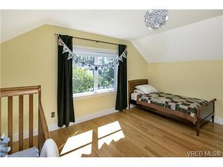 Photo 11: 2280 Florence St in VICTORIA: OB Henderson Single Family Detached for sale (Oak Bay)  : MLS®# 736707