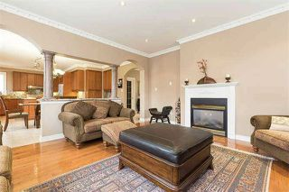 Photo 2: 1 Supino Crest in Brampton: Vales of Castlemore House (2-Storey) for sale : MLS®# W3548797