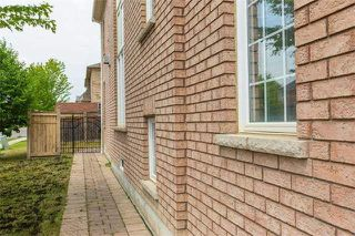 Photo 10: 1 Supino Crest in Brampton: Vales of Castlemore House (2-Storey) for sale : MLS®# W3548797