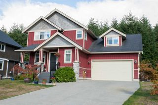 "Photo 1: 38618 CHERRY Drive in Squamish: Valleycliffe House for sale in ""RAVENS PLATEAU"" : MLS®# R2104714"