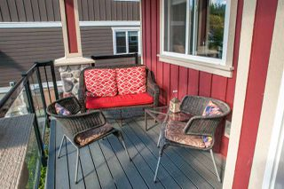 "Photo 2: 38618 CHERRY Drive in Squamish: Valleycliffe House for sale in ""RAVENS PLATEAU"" : MLS®# R2104714"