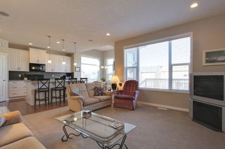 Photo 16: 118 Pantego Way NW in Calgary: 2 Storey for sale : MLS®# C3609222