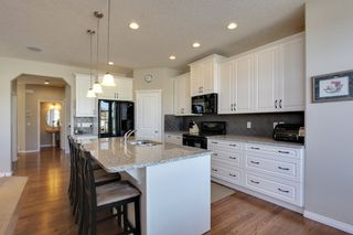 Photo 7: 118 Pantego Way NW in Calgary: 2 Storey for sale : MLS®# C3609222