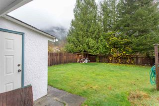 "Photo 18: 41318 KINGSWOOD Road in Squamish: Brackendale House for sale in ""Eagle Run"" : MLS®# R2122641"