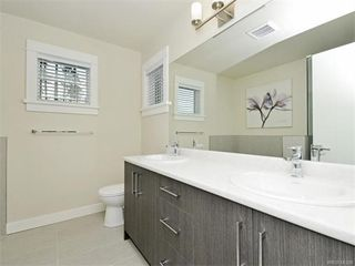Photo 16: 2389 Lund Rd in VICTORIA: VR Six Mile Single Family Detached for sale (View Royal)  : MLS®# 746537