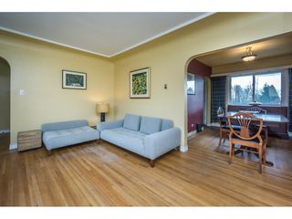 Photo 5: 6478 CLINTON Street in Burnaby: South Slope House for sale (Burnaby South)  : MLS®# R2125694