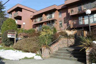 "Photo 2: 206 215 MOWAT Street in New Westminster: Uptown NW Condo for sale in ""CEDARHILL MANOR"" : MLS®# R2131061"