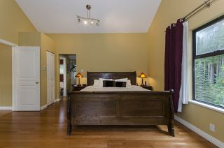 Photo 12: 1940 WESTOVER Road in North Vancouver: Lynn Valley House for sale : MLS®# R2134110