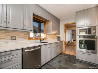 Photo 8: 327 Lindenwood Drive West in Winnipeg: Linden Woods Residential for sale (1M)  : MLS®# 1702903