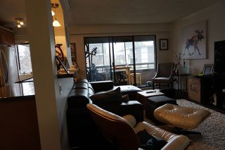 """Photo 7: 204 2424 CYPRESS Street in Vancouver: Kitsilano Condo for sale in """"Cypress Place"""" (Vancouver West)  : MLS®# R2152503"""