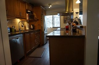 """Photo 2: 204 2424 CYPRESS Street in Vancouver: Kitsilano Condo for sale in """"Cypress Place"""" (Vancouver West)  : MLS®# R2152503"""