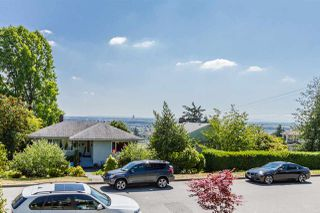 Photo 4: 5615 EWART Street in Burnaby: South Slope House for sale (Burnaby South)  : MLS®# R2153918