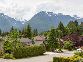 Photo 11: 2555 JURA Crescent in Squamish: Garibaldi Highlands House for sale : MLS®# R2176752