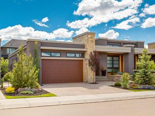 Photo 1: 46 ASPEN RIDGE Square SW in Calgary: Aspen Woods House for sale : MLS®# C4124183