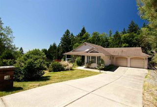 Photo 3: 423 HARRY Road in Gibsons: Gibsons & Area House for sale (Sunshine Coast)  : MLS®# R2185959