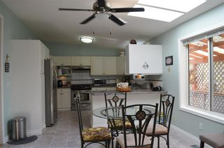 "Photo 4: 129 9080 198 Street in Langley: Walnut Grove Manufactured Home for sale in ""Forest Green Estates"" : MLS®# R2187583"