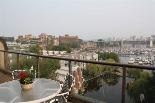 "Photo 4: 759 1515 W 2ND Avenue in Vancouver: False Creek Condo for sale in ""ISLAND COVER"" (Vancouver West)  : MLS®# R2195310"