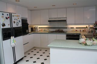 "Photo 10: 759 1515 W 2ND Avenue in Vancouver: False Creek Condo for sale in ""ISLAND COVER"" (Vancouver West)  : MLS®# R2195310"
