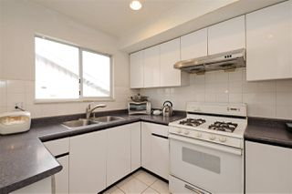 Photo 10: 3041 E 23RD Avenue in Vancouver: Renfrew Heights House for sale (Vancouver East)  : MLS®# R2198120