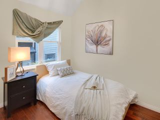 Photo 11: 716 UNION Street in Vancouver: Mount Pleasant VE House 1/2 Duplex for sale (Vancouver East)  : MLS®# R2218146