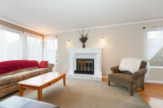 Photo 3: 2279 STAFFORD Avenue in Port Coquitlam: Mary Hill House for sale : MLS®# R2220285