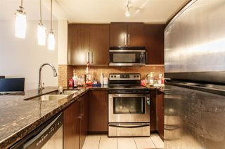 Photo 7: 2810 888 CARNARVON Street in New Westminster: Downtown NW Condo for sale : MLS®# R2235640