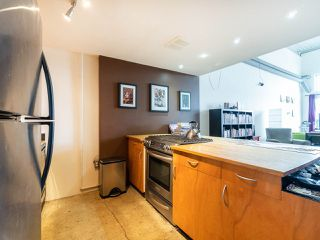 Photo 10: 308 336 E 1ST Avenue in Vancouver: Mount Pleasant VE Condo for sale (Vancouver East)  : MLS®# R2254984
