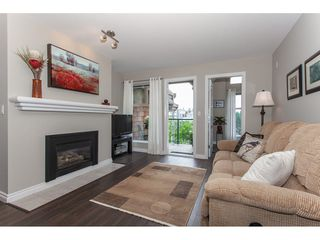"Photo 4: 401 20237 54 Avenue in Langley: Langley City Condo for sale in ""The Avante"" : MLS®# R2282062"