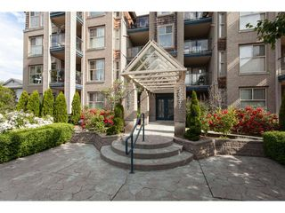 "Photo 2: 401 20237 54 Avenue in Langley: Langley City Condo for sale in ""The Avante"" : MLS®# R2282062"