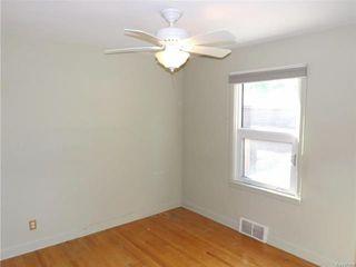 Photo 8: 35 Thorndale Avenue in Winnipeg: St Vital Residential for sale (2D)  : MLS®# 1813983