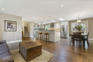 Photo 1: 1638 LYNN VALLEY Road in North Vancouver: Lynn Valley House for sale : MLS®# R2297477