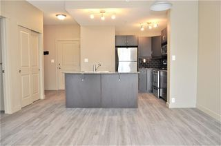 Photo 8: 2101 5605 HENWOOD Street SW in Calgary: Garrison Green Apartment for sale : MLS®# C4204085