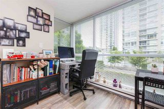 "Photo 6: 607 2978 GLEN Drive in Coquitlam: North Coquitlam Condo for sale in ""GRAND CENTRAL"" : MLS®# R2302691"