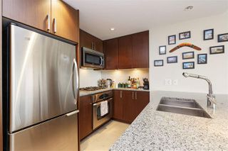 "Photo 5: 607 2978 GLEN Drive in Coquitlam: North Coquitlam Condo for sale in ""GRAND CENTRAL"" : MLS®# R2302691"